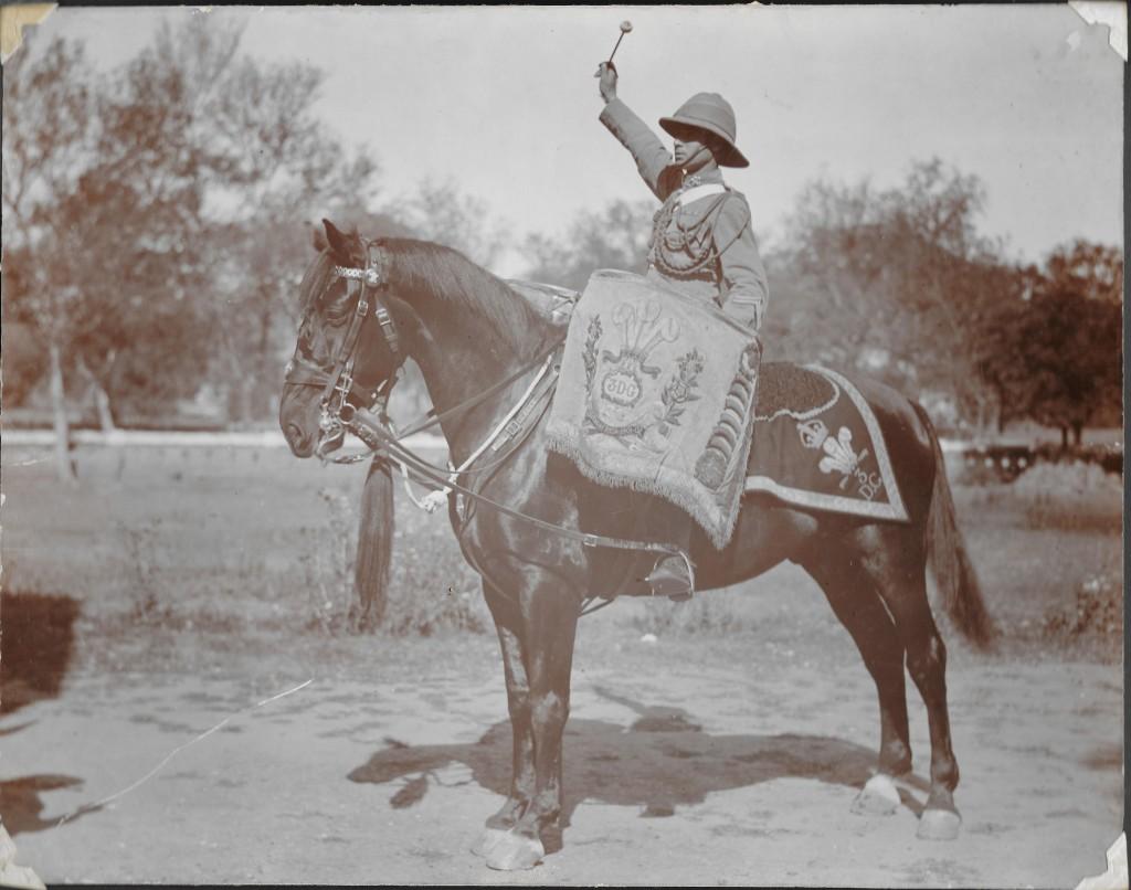 1924 Drum Horse Jumbo.Drummer Dan Godfrey 1920-24